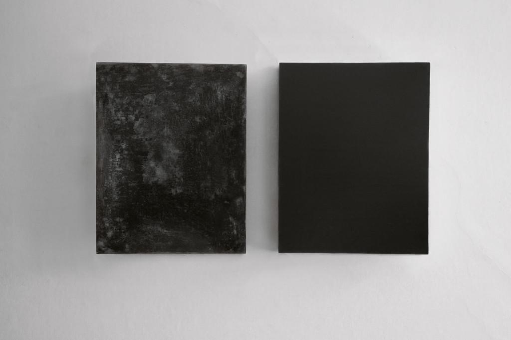 Convex Concace Black